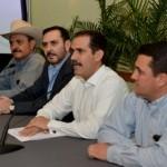 El gobernador Guillermo Padrés Elías y sus hermanos al hacer públicos sus bienes.