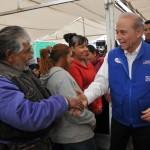 Javier G´ndara Magaña anduvo este día en Guaymas y Empalme en busca del voto.