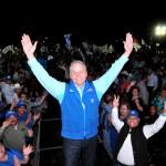 Javier Gándara estuvo con los ciudadanos de Empalme.