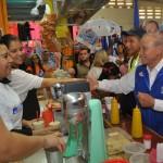 Javier Gándara se reunió con pequeños comerciantes del Mercado Municipal de Navojoa.