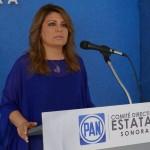 Alejandra López Noriega.