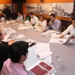Claudia Pavlovich en reunión con la dirigencia estatal y los diputados locales electos del PRI.