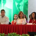 Claudia Pavlovich, gobernadora electa de Sonora, encabezó el evento de apoyo a Manlio Fabio Beltrones.