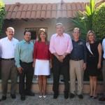 Claudia Pavlovich captada al término de la reunión con los dirigentes de Nueva Alianza, diputados electos y los líderes de las secciones 28 y 54 del SNTE en Sonora.